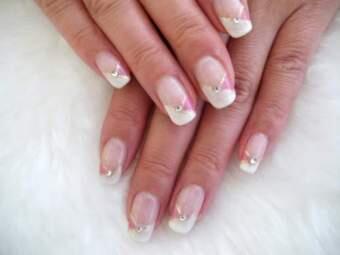 Хотела бы поделится своим секретом ухода за ногтями