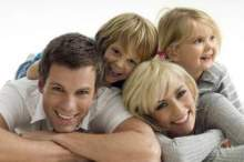 Чоловік і Дружина, спокійна, щаслива сім'я.